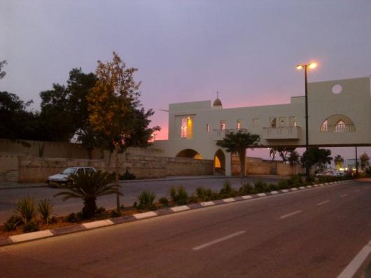 """14 בדצמבר 2011, שדרות הבעש""""ט, גשר הולכי הרגל של אדריכל צבי הראל, יפו"""