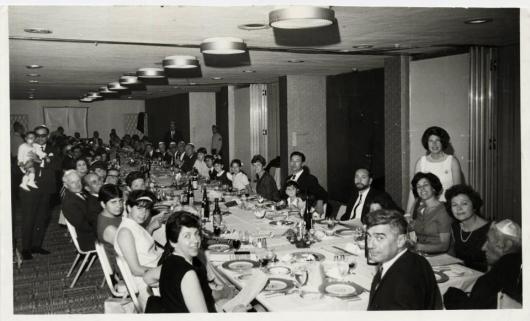 סדר פסח // משפחת שלוש המורחבת // 1965 או 1966