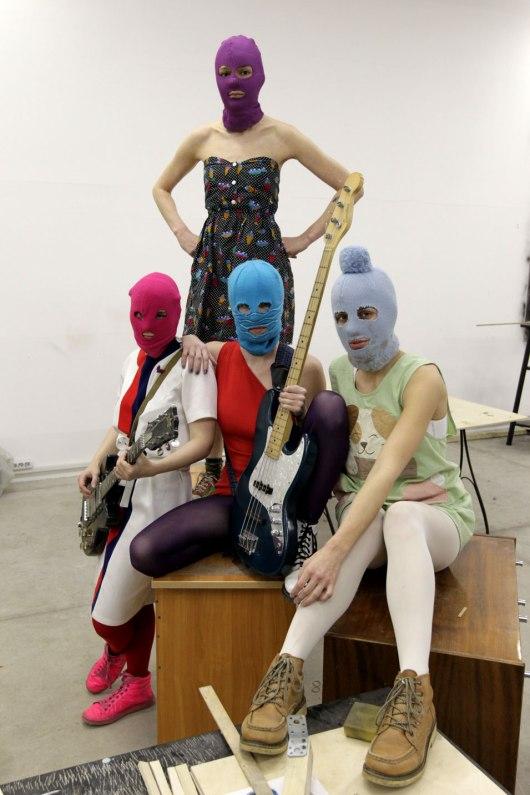 פוסי ריוט Pussy Riot: A Punk Prayer